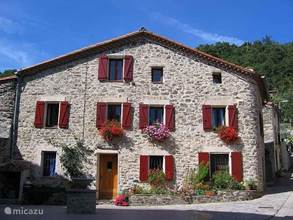 "Vacation Rentals France, Languedoc-Roussillon - ""Le Troubadour"" B & B with pool"