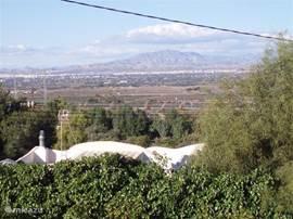 Uitzicht op het dal vanuit de slaapkamers