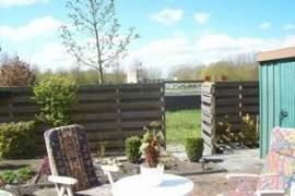 Tuin met op achtergrond bronnenbad Fontana