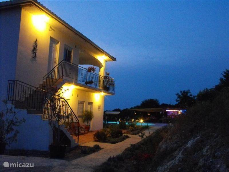 Vakantiehuis Griekenland, Epirus, Paliambela Bed & Breakfast 5alonia app. bed & breakfast App.1.