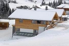 Exclusive new chalet doorstep skiing