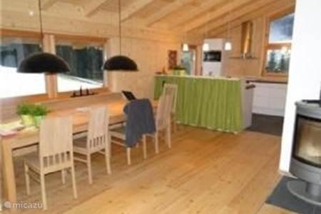 Appartement maria almhutte in maria alm salzburgerland oostenrijk huren - Moderne chalet keuken ...
