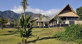 3 BR Villa. Tuin (6000 m2). Grenzend aan Nationaal Park.