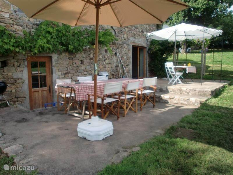 Vacation rental France, Burgundy, Saint-Germain-des-Champs holiday house Maison Montigny
