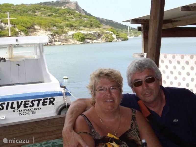 Wij Jan en Stella Dekker zijn de eigenaren van dit heerlijke huis.