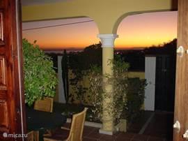 Uitzicht op Afrika, zee, Gibraltar, Puerto Banus.
