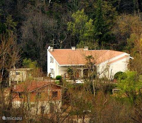 Vacation rental Italy, Friuli-Venezia Giulia, Castelnovo del Friuli holiday house Casa di mozaiek