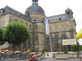 Hautefort - Museum l'Ancienne Hospice, Library and Tourist Office for information [in english] about all that you can do and see in the village and surrounding town and villages.