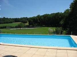 Unobstructed view of the terrain and landscape.  Heated pool, always 25-27 ° C