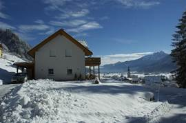 Villa Vicana in the Winter! 8 minutes by car or skibus to the ski area.