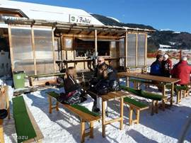 This speaks for itself sun & snow and of course mulled wine and hot chocolate! What more could you want!