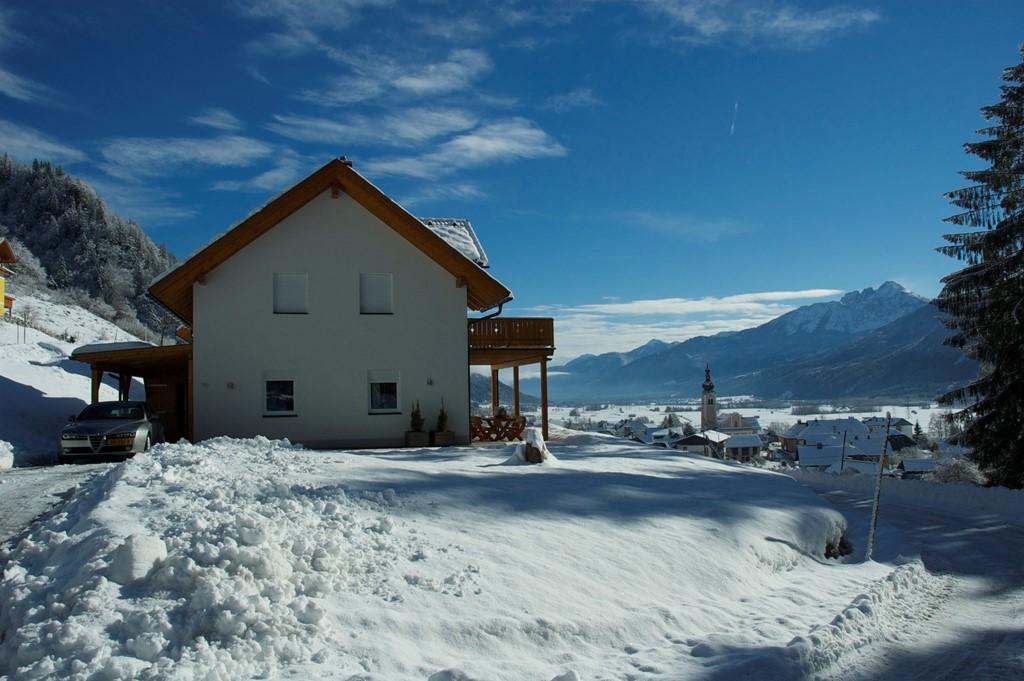 Vrijst Villa (10Pers) Boek nu uw wintersport Jan & Febr 2017 met 10%korting op de huurprijs! Krokus 18 tot 25 febr beschikbaar! Skigebied nassfeld.at
