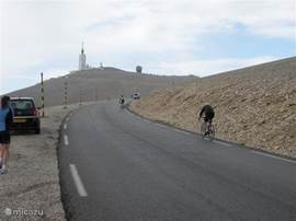 Cycling to the top of Mont Ventoux ...