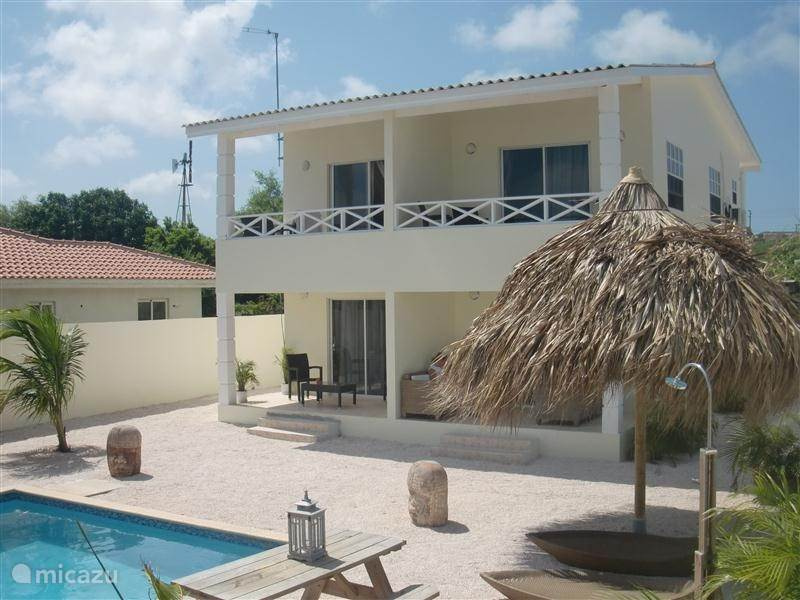 Vakantiehuis Curacao, Curacao-Midden, Willemstad Appartement Chenice Apartments inclusief auto
