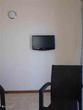 BVN, Nederland 1. 2 of 3 of een heerlijke dvd kijken op deze flatscreen.