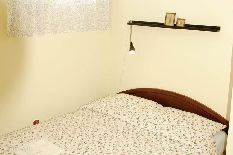 Appartement 2: Eerste slaapkamer