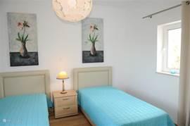 Slaapkamer met badkamer en-suite. 1e verdiepig