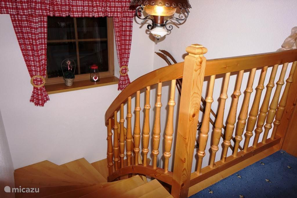 Trap naar bovenverdieping