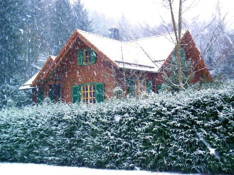 ONVERGETELIJKE KERST (21-28/12) in heerlijk familiehuis : met mooie kerstboom + voorgaande week (14-21/12) gratis. Let op : Oud&Nieuw al volgeboekt.