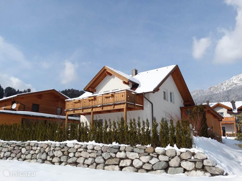 Vakantiehuis Oostenrijk, Karinthië, Kötschach-Mauthen Vakantiehuis Villa Brughiera direct aan skipiste