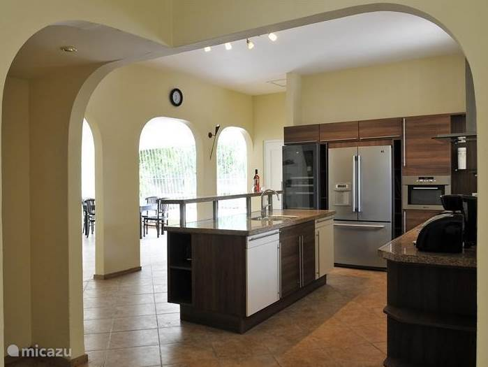 Beautiful spacious kitchen with American fridge, wine cooler, dishwasher and microwave oven.