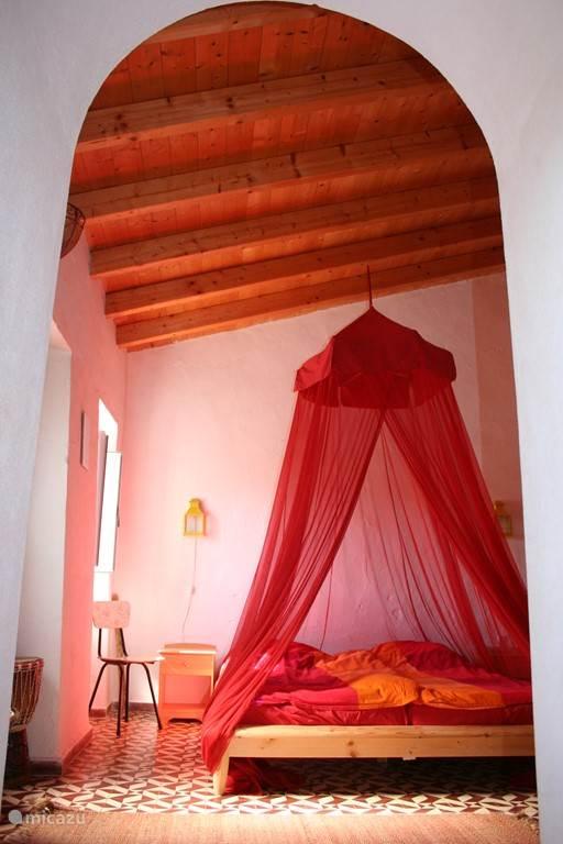 Slaapkamer 1 in het hoofdhuis.