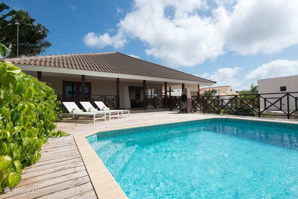 Wonderful holiday villa with private swimming pool with large pool deck.