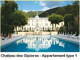 Domaine Château des Gipières. Luxury apartments and studios in a castle with swimming pool, tennis courts and bowling-des-alley.