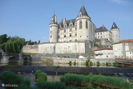 Chateau la Rochefoucauld en andere mooie plaatsen in de omgeving