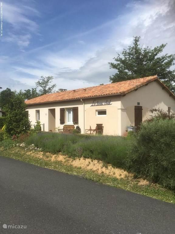 Vakantiehuis Frankrijk, Charente, Écuras bungalow Le Beau Chat