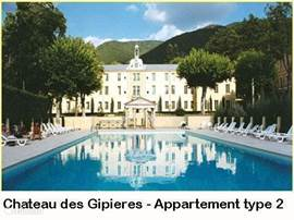 Domaine Château des Gipières. Luxe appartementen en studio's in een kasteel met zwembad, tennisbanen en jeux-des-boulesbaan.
