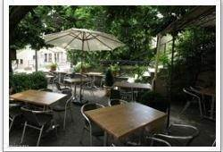 Restaurant les Voyageurs Een uitstekend restaurant met seizoensgebonden (Franse)gerechten.