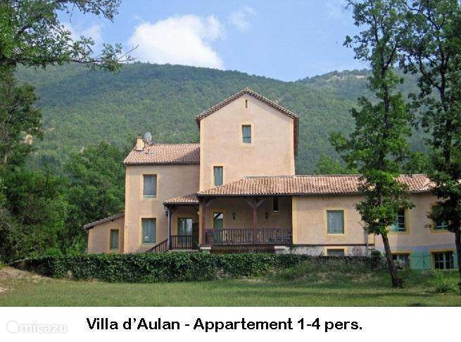 Vacation rental France, Provence, Montbrun-Les-Bains apartment Villa d'Aulan Appartement 2-4 pers.