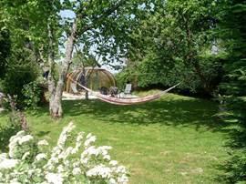 Hangmat in de tuin.
