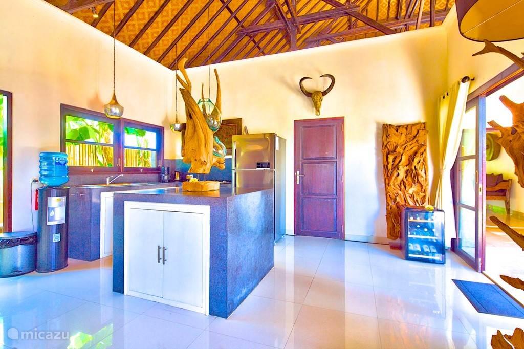 keuken met personeel villa nujum