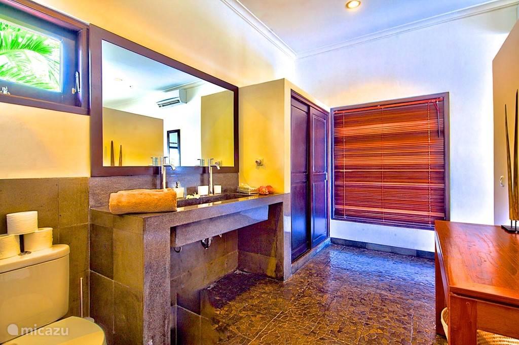 badkamer 2 van slaapkamer 2