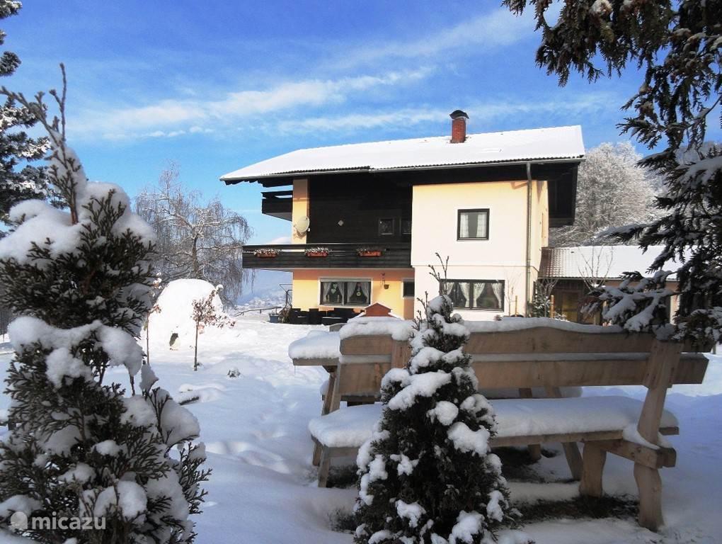 Vacation rental Austria, Carinthia, Millstatt - apartment Landhaus Bonaventura - COSMEA