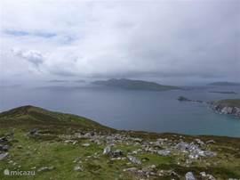 Na een klein uur wandelen bereikt men de top van Mt. Eagle, met zicht op de betoverende Blasket Islands: het meest westelijke punt van Europa!