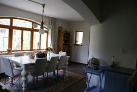 Spacious cozy kitchen, and fully equipped.