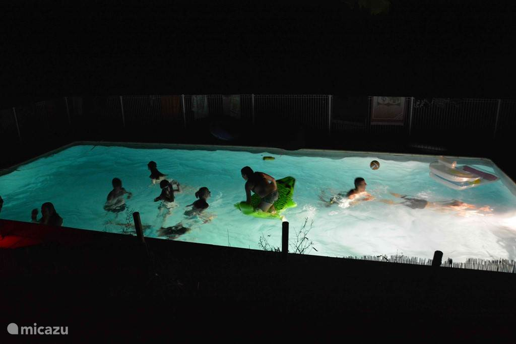 Nightswimming...