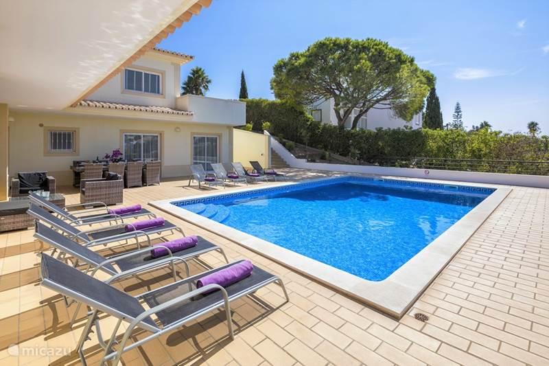 Vakantiehuis Portugal, Algarve, Carvoeiro Villa Villa Andorinha    (de Zwaluw)