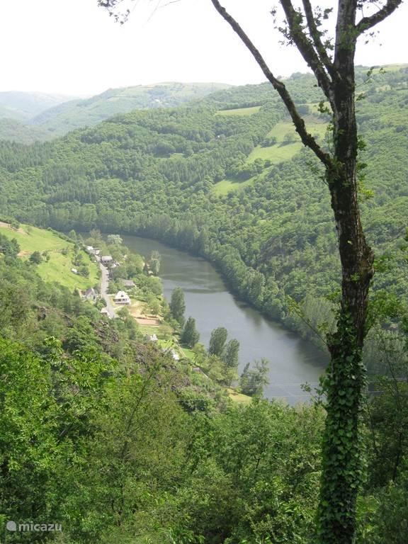 Uitzicht op rivier de Lot