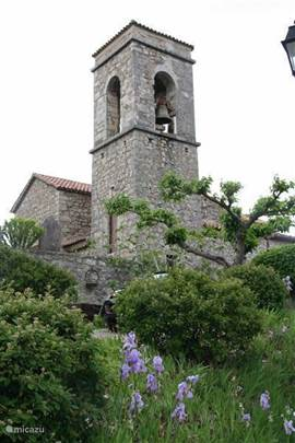 You can use a nice walk (with height!) In 3 minutes to an hour walk to the village Sampsom.