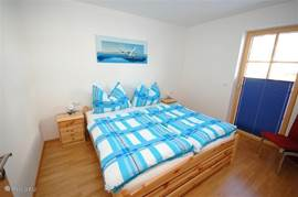 Mature bedroom with internet. From the bedroom you have direct access to the terrace.