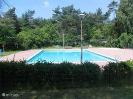 Zonverwarmd zwembad Witte Wieven.