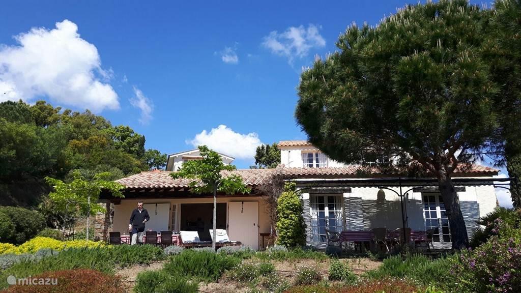 Vakantiehuis Frankrijk, Côte d´Azur, La Croix-Valmer Villa Villa 'Mas Muguet'