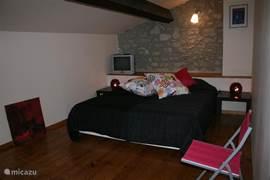 slaapkamer op de tweede verdieping. nieuwe bedden + matrassen
