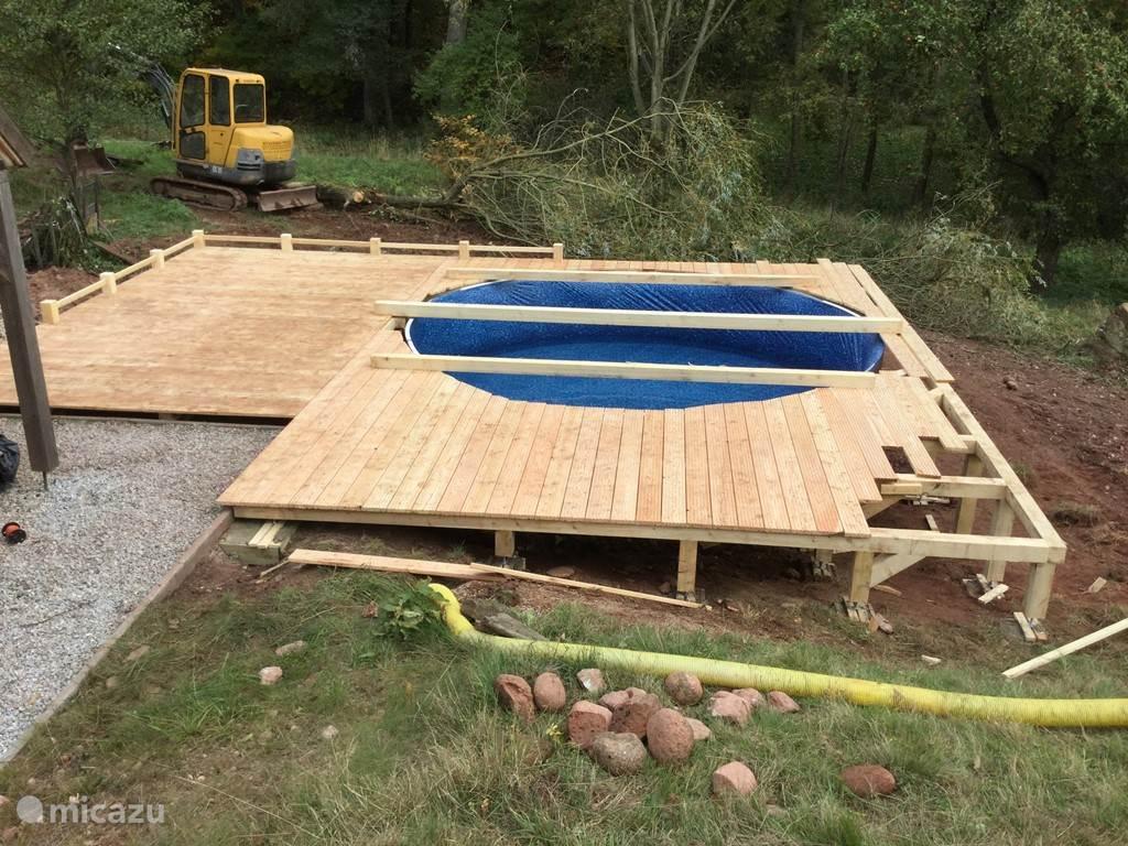aanleg zwembad met groot terras (gereed zomer 2016)