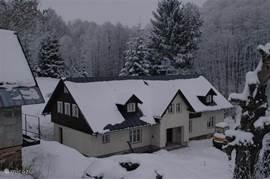 Ruime luxe vakantiewoning in Javornik in de winter