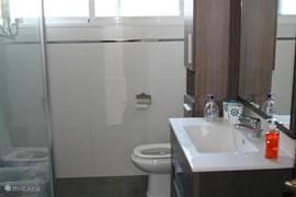 Badkamer boven (2012)